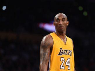 """Kobe Bryant, mort dans un accident d'hélicoptère en janvier dernier, sera parmi les trois vedettes de la NBA à figurer sur la jaquette du jeu vidéo """"NBA 2K21"""""""