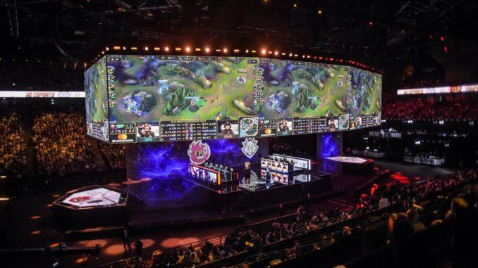 League of Legends, finale des Worlds 2020 du jeu video a Shanghai