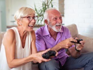 Jeux video, les seniors et leurs petits enfants pendant le confinement